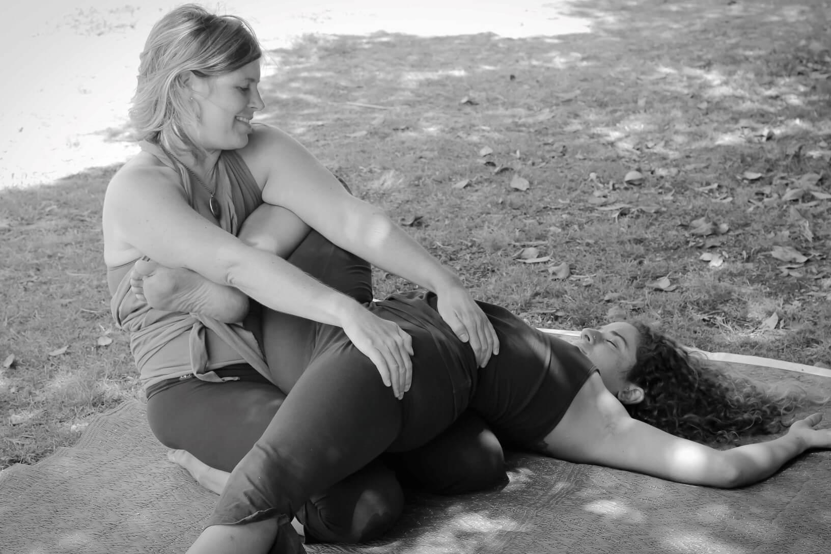 Mind_Heart_Bodywork_Thai_Massage_pose_C